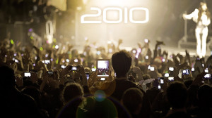 Crowd with mobile technology